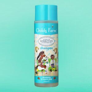 Childs Farm shampoo, strawberry & organic mint 250ml